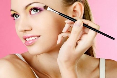 how-to-apply-make-up-1-0-s-307x512