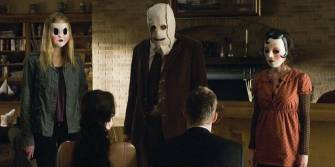 Adegan film The Strangers