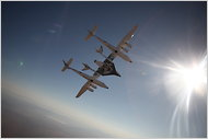 Virgin Galactic's Space Ship Two Vehicle (VSS Enterprise) dalam uji terbang pertamanya image frim nytimes