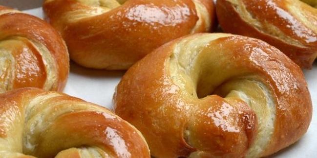 Cragel, Kue Kombinasi Croissant dan Bagel