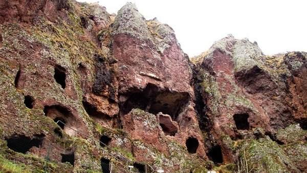 Jonas Cave, Gua Hunian Bangsa Celtic