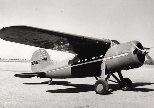 Pesawat Amelia Earhart