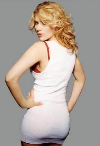 Scarlett-Johansson-411x600