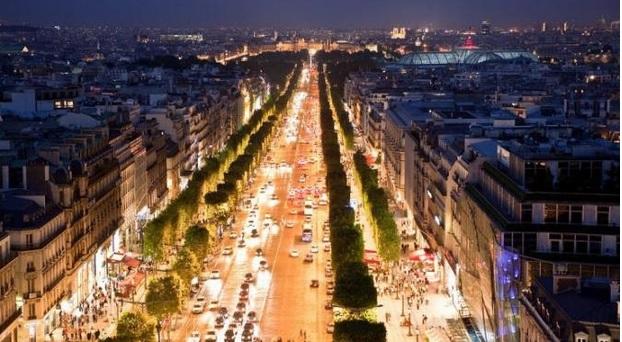 Avenue des Champs-Elysees, Paris: