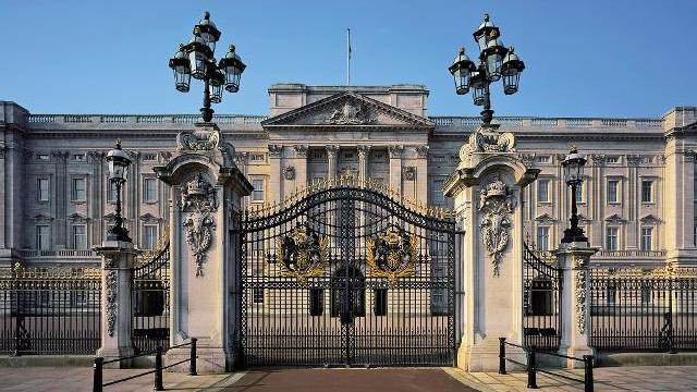 Buckingham Palace, Kediaman Ratu Inggris