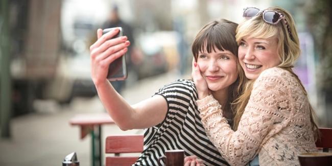 Selfie Tanpa Makeup? Bisa!