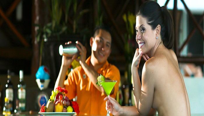 Yuk, Intip Resor Mewah untuk Kaum Nudis Meksiko