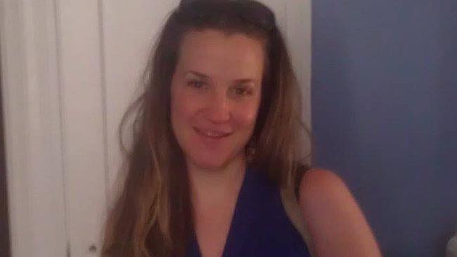 Bercinta dengan Ortu Murid, Kepsek Wanita Dipecat
