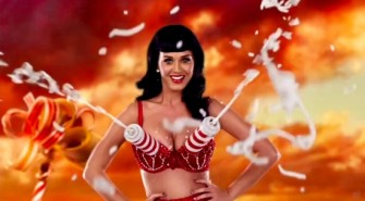Katty Perry, Foam Bra Spray