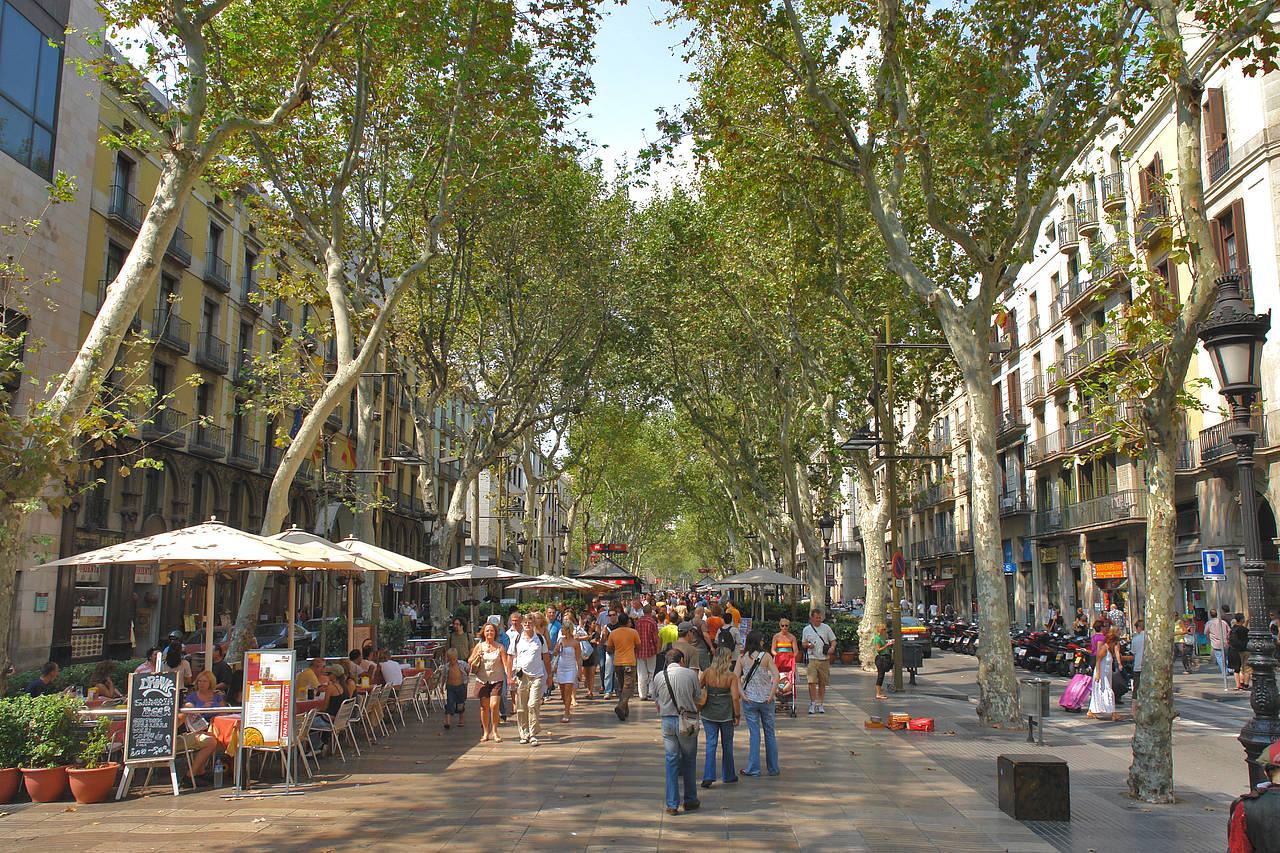La Rambla, Surganya Belanja Murah di Barcelona