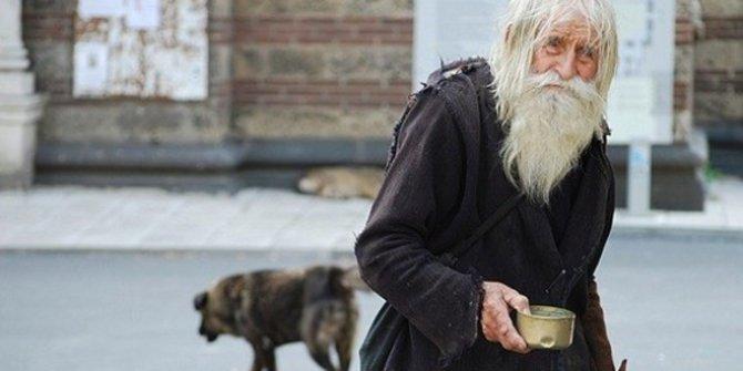 STORY: Dobri Dobrev, Mengemis Untuk Disumbang ke Panti Asuhan