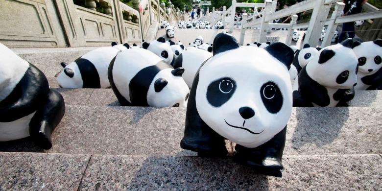 Ribuan Panda Menyerbu Hongkong