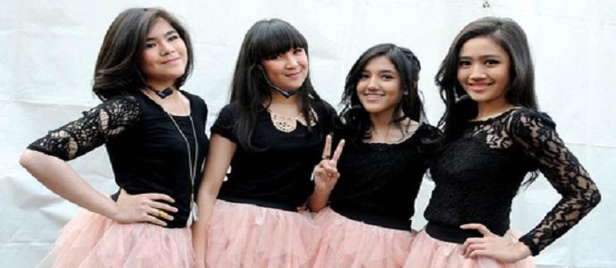 Girlband 'Blink' Recycle Lagu Siti Nurhaliza