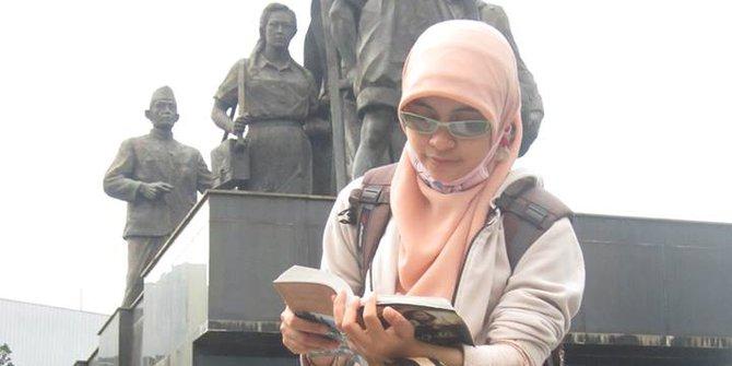 STORY: Siti Aminah, Dari Babysitter Hingga Lanjut S2
