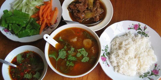 6 Makanan Myanmar yang Wajib Dicicipi