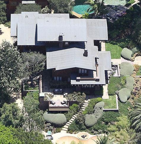 Rumah Angelina Jolie - Brad Pitt