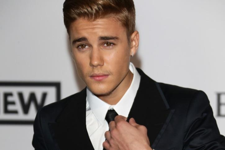 Tabrak Mobil dengan ATV, Justin Bieber Ditahan