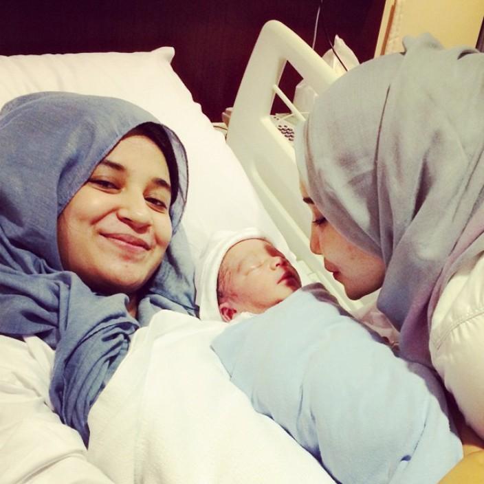 Ini Dia Foto Anak Pertama Teuku Wisnu dan Shireen Sungkar