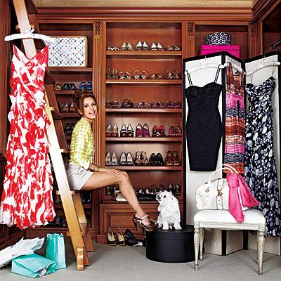 5 seleb yang koleksi barang barang fashion mewah - Apa itu walk in closet ...