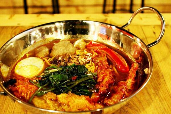 Mi Merapi, Kuliner Super Pedas dari Bandung