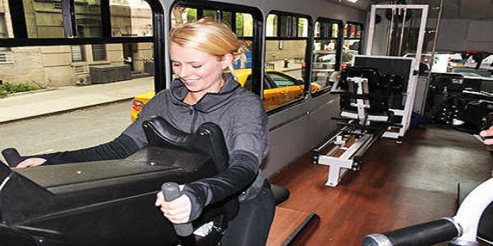 Keren, Bus Ini Dilengkapi Fasilits Gym