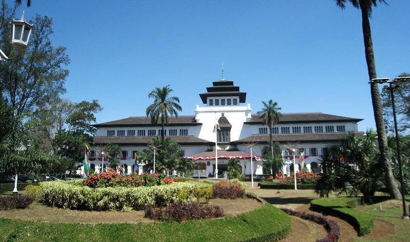 3 Tempat Wisata Gratis Di Bandung Mampir Yuk Jadiberita Com