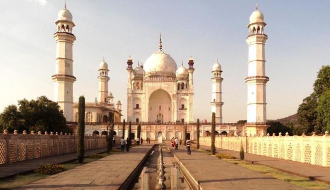 Uniknya Taj Mahal Mini di India