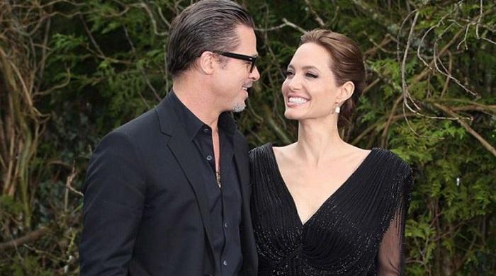 Ini Alasan Angelina Jolie Mau Dinikahi Brad Pitt
