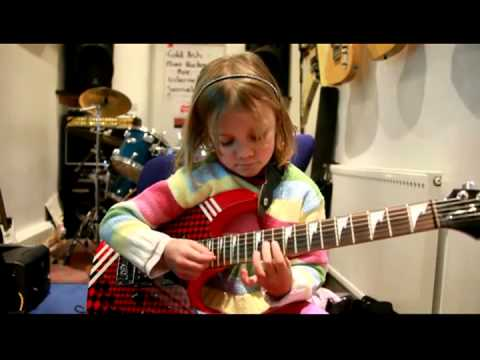 VIDEO: Gadis Cilik Gitaris Sweet Child O' Mine GnR