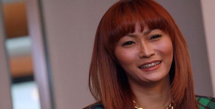 Bisnis Karaoke Bermasalah, Inul Daratista Jajal Beauty Center