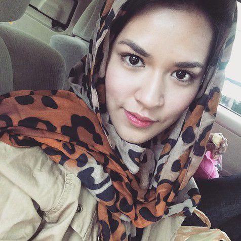 Foto Hijab Raisa
