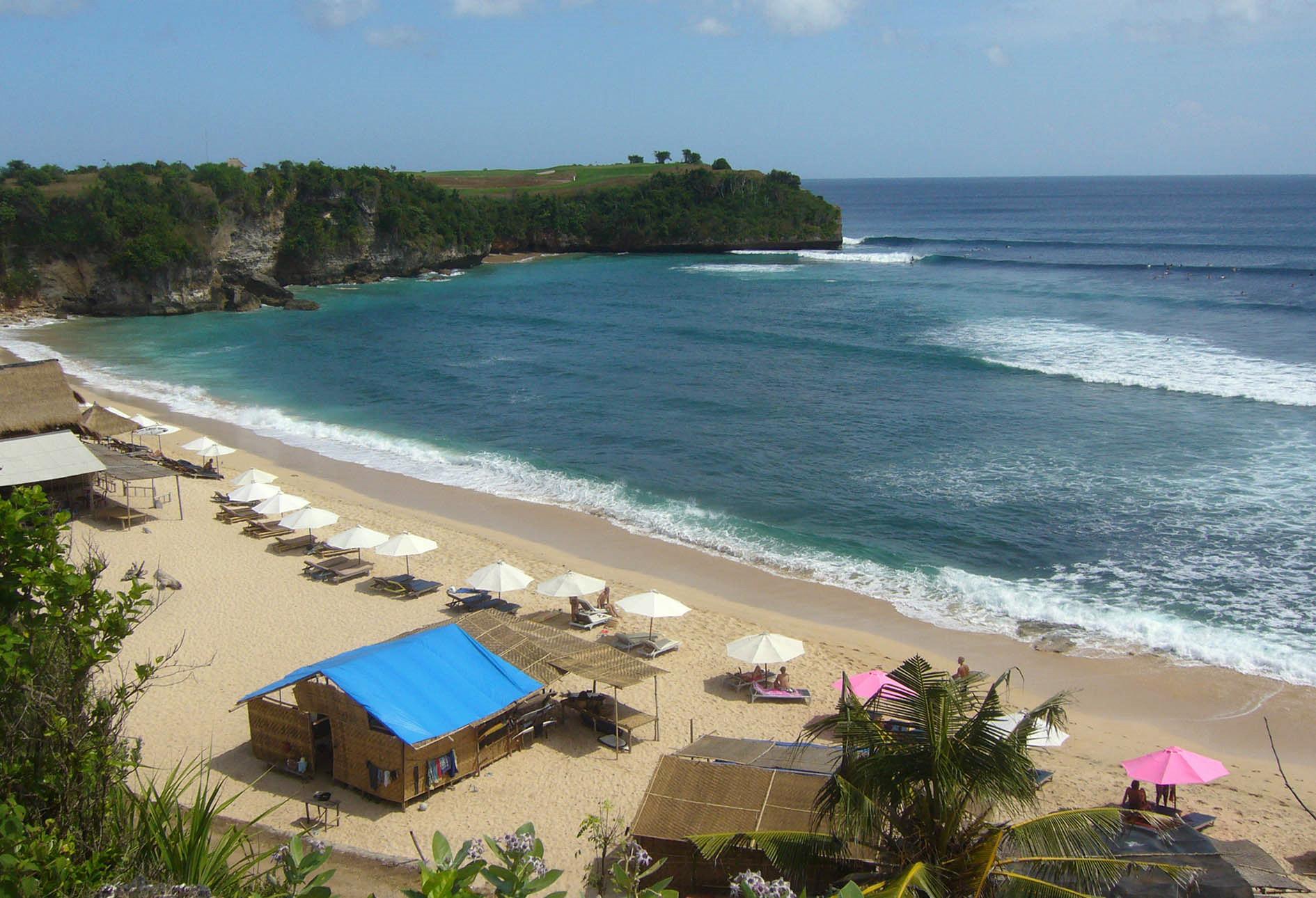5 Pantai Terbaik di Indonesia
