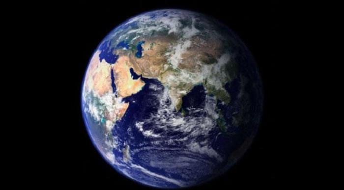 Tahukah Kamu Seberapa Cepat Kita Berputar pada Poros Bumi?