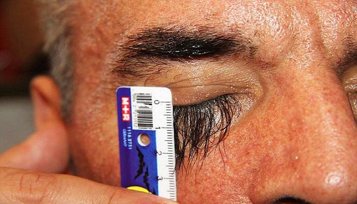Wow, Ada Pria Pemilik Bulu Mata Terpanjang di Dunia