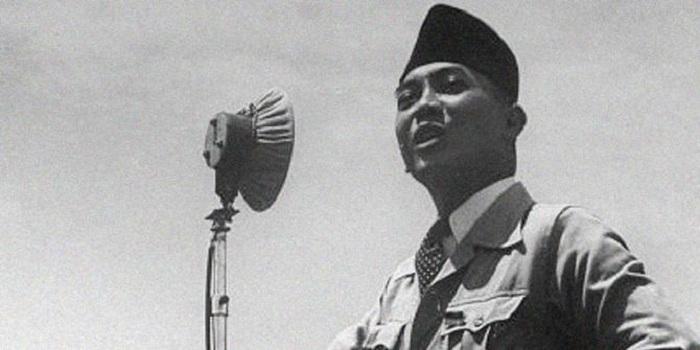 Terusir dari Istana, Sukarno Hanya Pakai Sandal dan Pakaian Butut