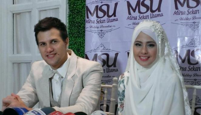 Resmi Nikah, Stuart Collin dan Risty Tagor Pilih Tunda Honeymoon