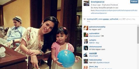 Foto Raisa yang sedang liburan dengan keluarga Keenan (Instagram)