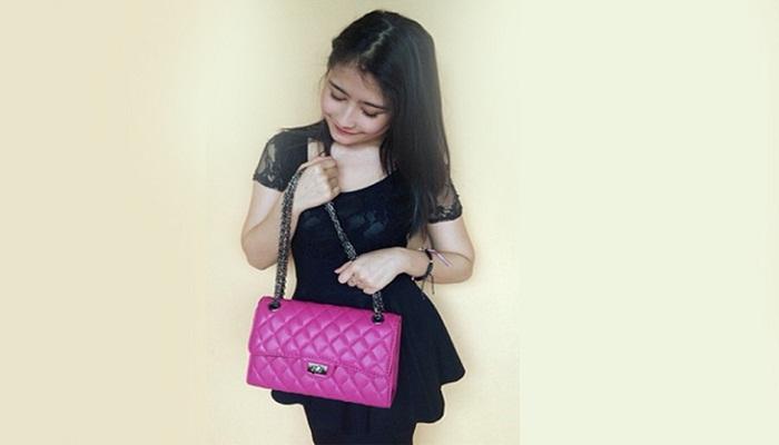 Prilly Latuconsina Sedang Jatuh Cinta Lho!