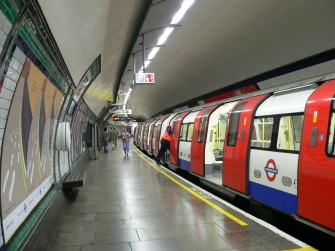 The Tube, London, Inggris (wikipedia)