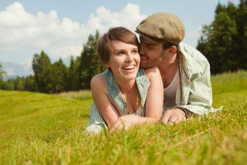 Kebersaaan dengan kekasih memang mengasyikan (www.chatelaine.com)