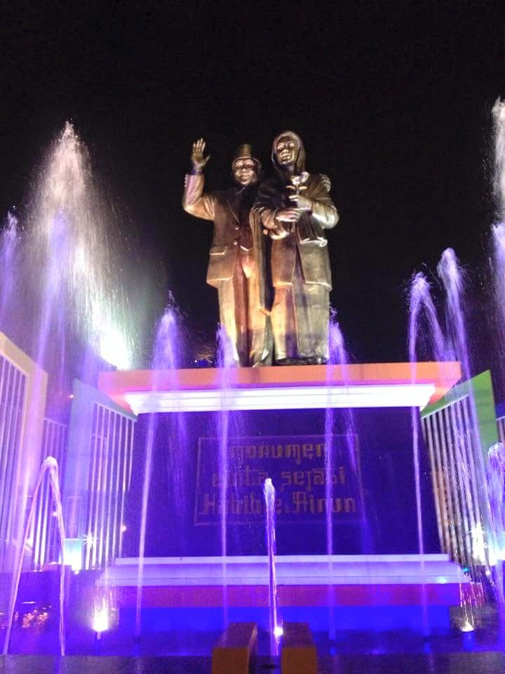 monumen cinta sejati habibie-ainun (www.aktualita.co)