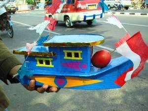 Telok abang dengan miniatur kapal laut  (Kaskus)