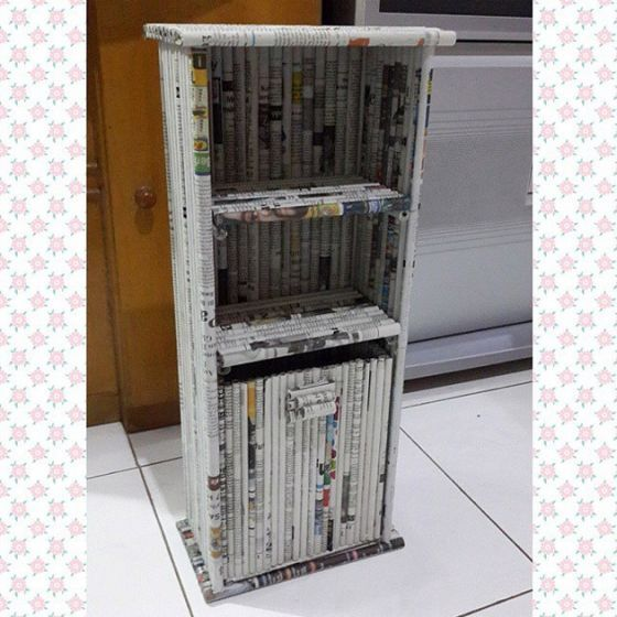 Lemari berlapis koran (Wajibbaca)