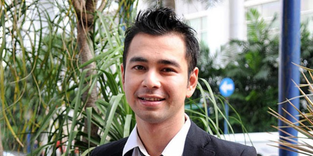 Raffi Ahmad (clear.co.id)