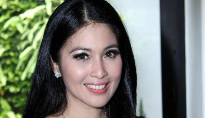 Sandra Dewi (viva)