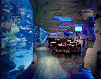 Aquarium Restaurant (pinterest.com)