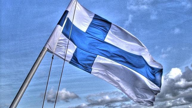 Bendera Finlandia (Enoszone)