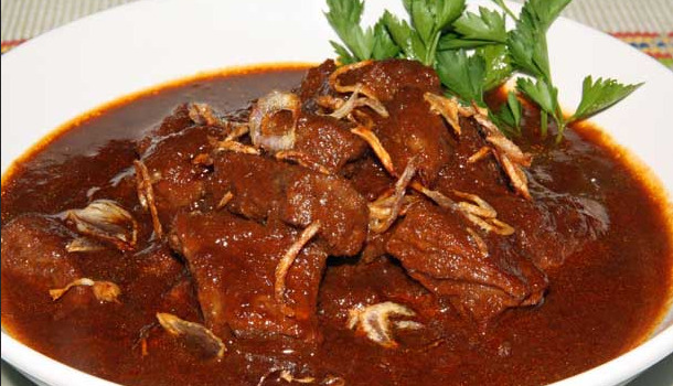 Semur Daging Sapi (trikmemasak)