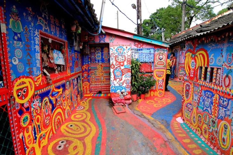 Cerahnya Warna-warni Desa Pelangi di Taiwan