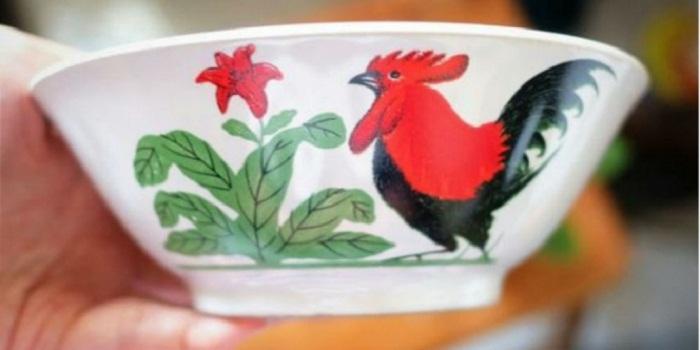 Begini Awal Munculnya Mangkuk Ayam Jago Merah